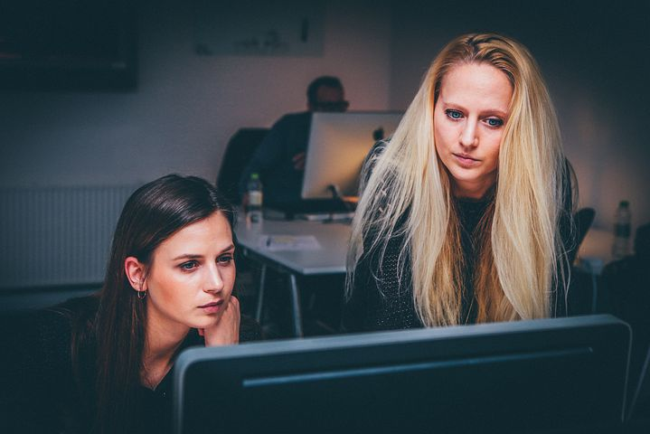 5 Reasons A Woman's Business Or Career Fails Without Collaboration
